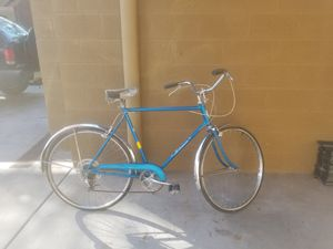 Old Antique Bicycles. Schwinn and misc. brands! Have extra seats. Just need some TLC for one that loves bicycles. for Sale in Scottsdale, AZ