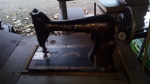 Antique sewing machine for Sale in Chicago, IL