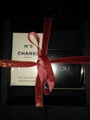 Chanel N°5 perfume & body cream gift set ❤️ for Sale in Chandler, AZ
