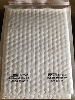 20 - ULINE S-7543 #0 poly bubble mailer padded envelopes for Sale in Cerritos, CA
