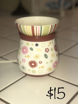 Scentsy Warmer for Sale in Bakersfield,  CA
