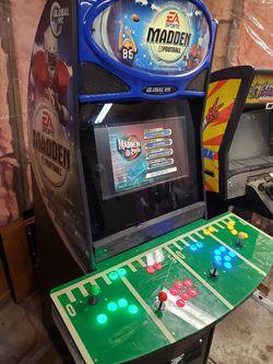 Multicade Arcade Machine Madden 4 player 7000+ games for Sale in Molalla,  OR