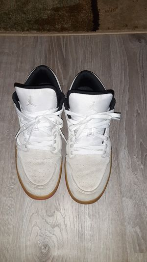 Jordan 1 low white gum hyper pink for Sale in Springfield, IL