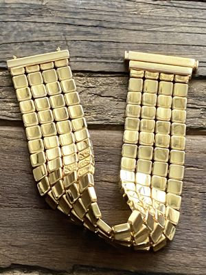 Italian Solid 14k Yellow Gold Tapetto Bracelet & Necklace * EXTREMELY RARE FIND * for Sale in Tacoma, WA