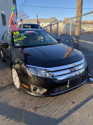 2010 Ford fusion SE four-cylinder automatic 70 K for Sale in Malden, MA