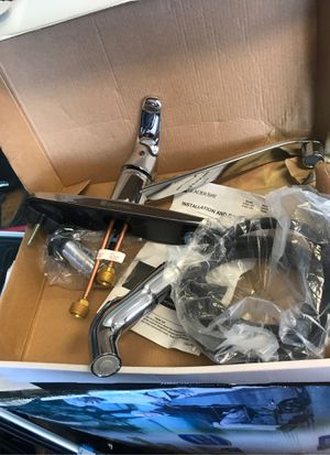 Kitchen Shanks Faucet 2 sets for Sale in Lombard, IL