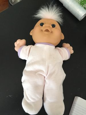 """Vintage Russ 12"""" Baby in pajamas pink hair Troll for Sale in Freeland, PA"""