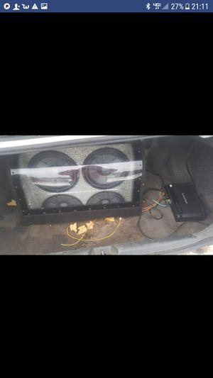 "2 12"" jbl 1000 watt each, rockford fozegate prime amp for Sale in Mesick, MI"