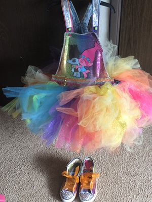 Girl's overall Trolls tutu outfit for Sale in Tacoma, WA