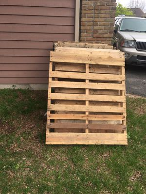 Free wood and pallets for Sale in Caledonia, MI