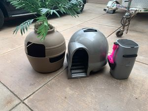 Litter boxes with litter genie for Sale in Tracy, CA