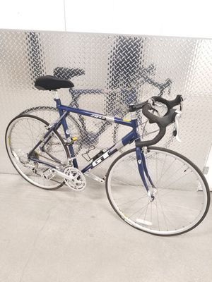 Gt road bicycle zr4.0 sz large for Sale in Sierra Madre, CA