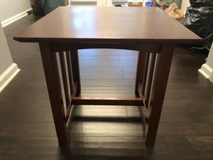 Pair of nice end tables for Sale in Atlanta, GA