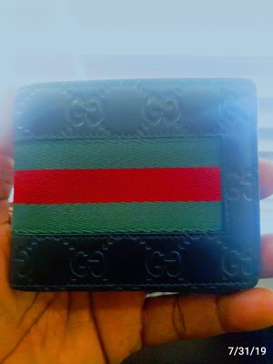 Gucci mens wallet for Sale in Lancaster, TX