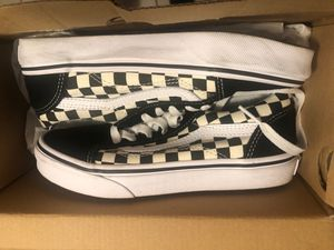 Vans old skool checkered black/white for Sale in Springfield, OR