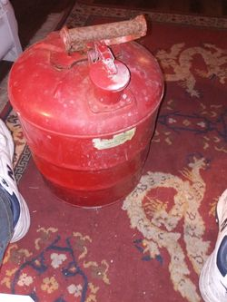 5 Gal Gas Can for Sale in Aberdeen,  WA
