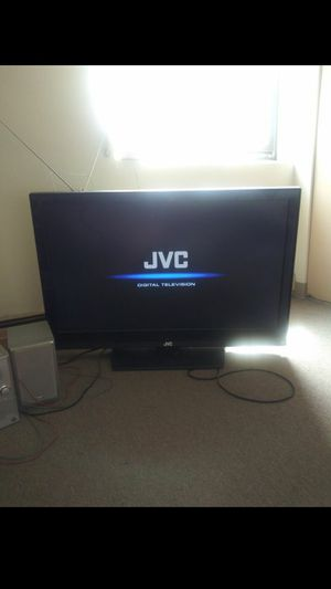 "42"" JVC tv with orginal remote and antenna for Sale in Providence, RI"
