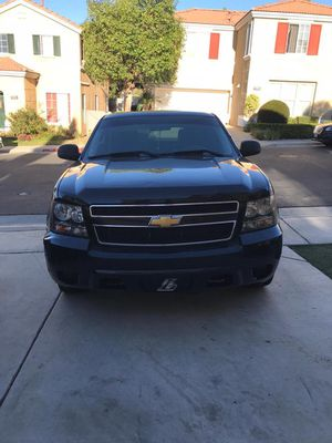 2013 Chevy Tahoe 96k miles with flex fuel for Sale in Corona, CA