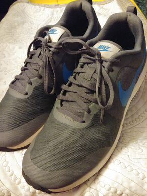 Nike Mens Elite Trainers Size 13 for Sale in Denver, CO