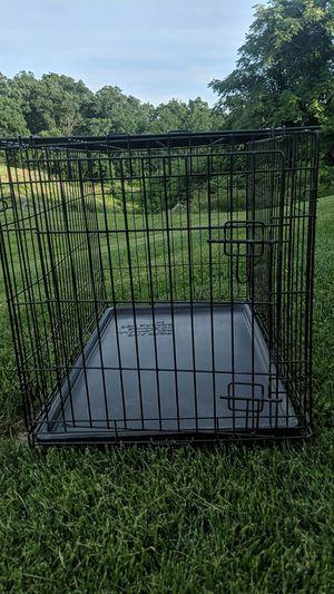 Medium size dog cage for Sale in Fishersville, VA