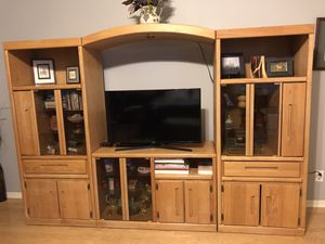 Oak Wall Unit for Sale in Phoenix, AZ