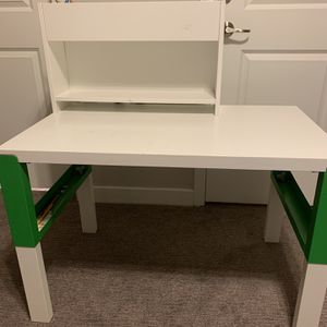 IKEA Kids Desk Adjustable for Sale in Draper, UT