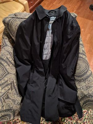 Kenneth Cole Raincoat for Sale in Westlake, MD