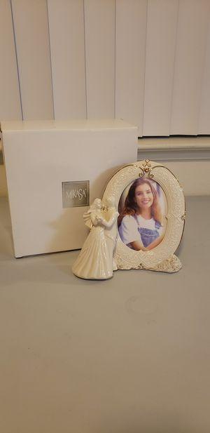 "NEW Mikasa Fine Porcelain Wedding Bells Couple Frame 8"" (Sonoma) for Sale in Sonoma, CA"