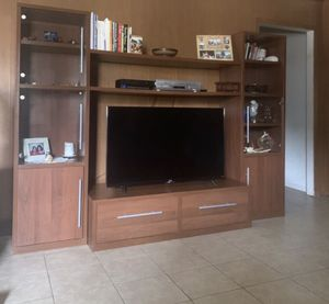 TV STAND with BOOKSHELVES!! for Sale in Houston, TX
