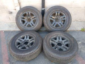 6 lug 17 inch Toyota alloy stock rims and tires for Sale in Montebello, CA