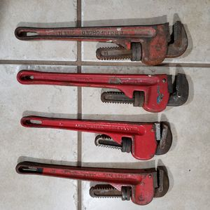 """14"""" pipe wrench for Sale in Fresno, CA"""