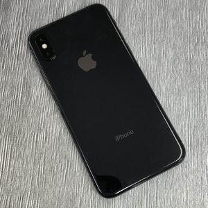 IPhone X 64 GB Unlocked for Sale in Everett, MA