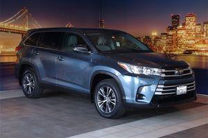 2019 Toyota Highlander for Sale in Fremont, CA