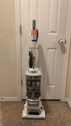 Used Shark Navigator Lift-Away Vacuum for Sale in North Las Vegas, NV