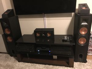 Klipsch 8 Piece Surround Sound System. Great condition and less than a year old. Can be sold individually or as a bundle for $900. for Sale in Daniels, MD