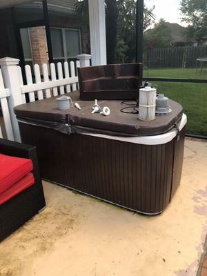 Jacuzzi/ Hot tub for Sale in Ocean Springs, MS