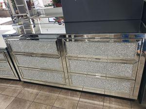 T1930 Dresser for Sale in Mount Hope, KS