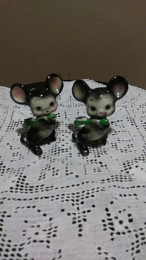 Antique salt and pepper shakers for Sale in Miami, FL
