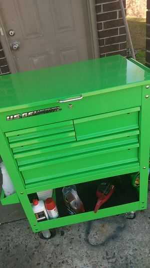 Green U.s general mechanic tool box and tools for Sale in Conway, AR