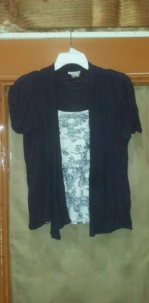 Lavish tank top style cardigan (Size Small) for Sale in Portland, OR