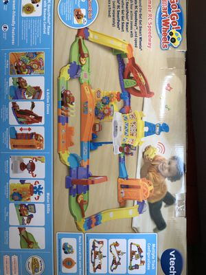 VTech Go!Go! Smart Wheels-Ultimate RC Speedway Ages 1-5 for Sale in New York, NY