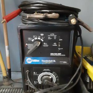 Miller Thundrboh Xl Welder Good working Condition Pick up In Brigporte for Sale in Trumbull, CT