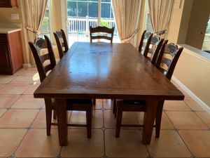 Kitchen table and 6 chairs for Sale in Monroe Township, NJ