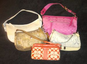 HUGE LOT OF MY COACH WRISTLETS &HANDBAGS for Sale in Hammonton, NJ