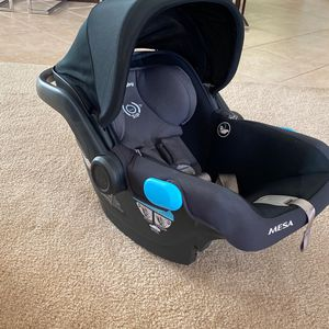 Uppa Baby Mesa Car Seat for Sale in Corona, CA