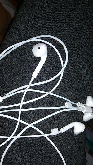 Apple earbuds 2 pair for Sale in San Antonio, TX