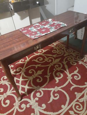 Very nice table for Sale in Riverdale, GA