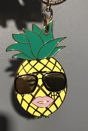 Henri Bendel pineapple bag charm key chain for Sale in Reynoldsburg, OH