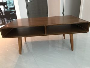 CURTIS COFFEE TABLE //. for Sale in Miami, FL