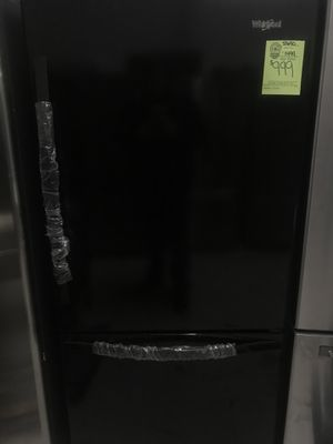 NEW WHIRLPOOL BLACK REFRIGERATOR WITH BOTTOM FREEZER for Sale in Raleigh, NC